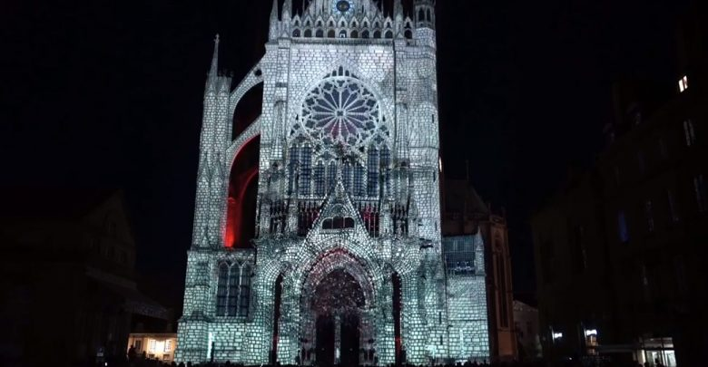 Photo of Metz : 15 projections du mapping sur la Cathédrale pour le dernier week-end de Constellations