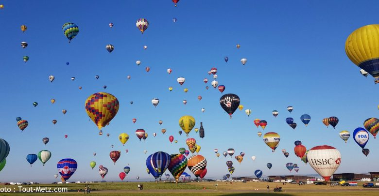 Photo de (photos) Mondial Air Ballons : envol de masse magique ce lundi matin