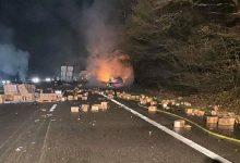 Photo of Camion chargé de déodorant en feu sur l'A31 : l'autoroute coupée pendant 6h