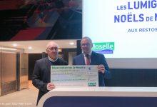 Photo de Metz : un chèque remis aux Restos du Cœur grâce à la vente des lumignons