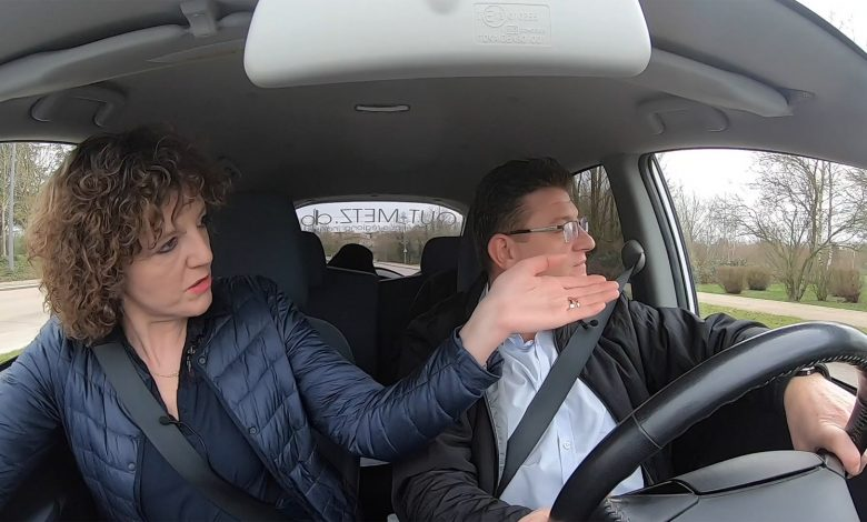 Photo of Candidats, en voiture ! Un tour dans Metz avec Béatrice AGAMENNONE – Municipales 2020