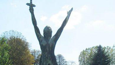 Photo de Une grande statue de bronze mesurant 1m65, exposée en extérieur, volée à Longeville lès Metz