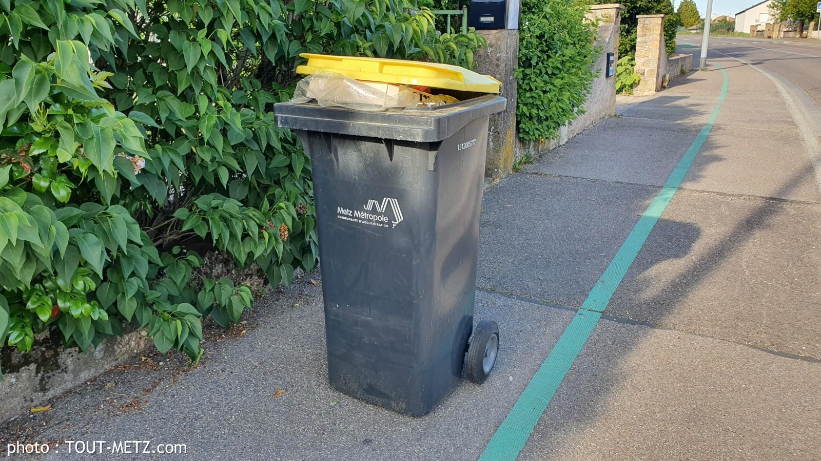 Photo de La collecte des déchets recyclables reprend le 11 mai dans toutes les communes de Metz Métropole