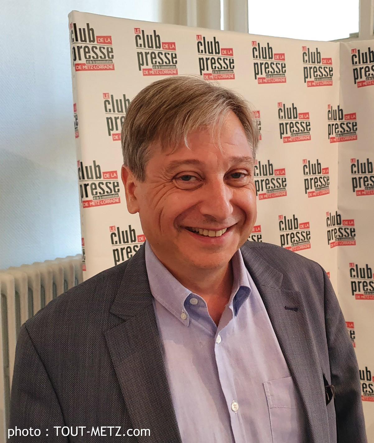 Photo de François GROSDIDIER (LR) est élu maire de Metz – élections municipales 2020