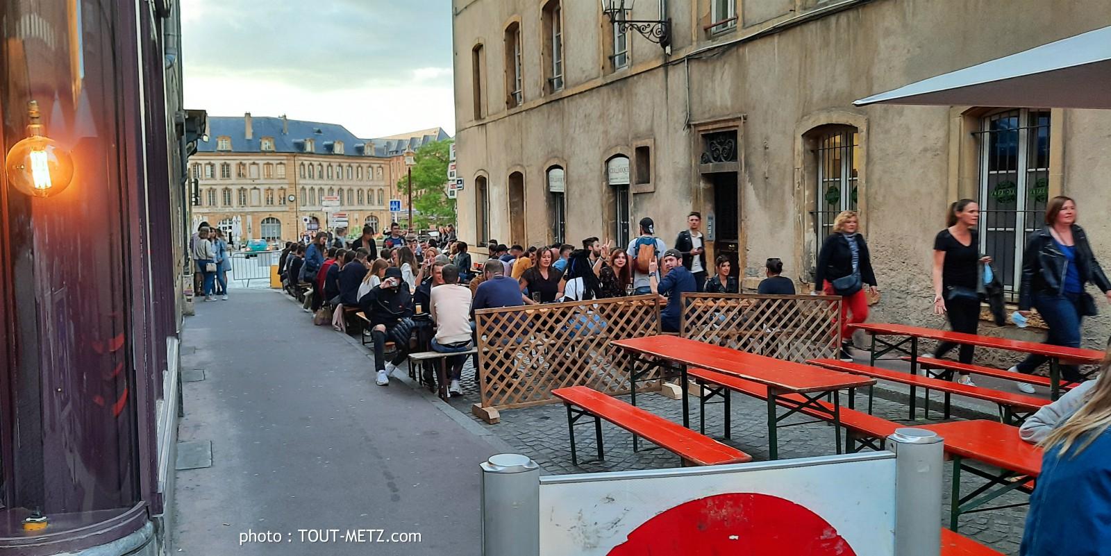 Photo of Un inquiétant vendredi joyeux sur les terrasses