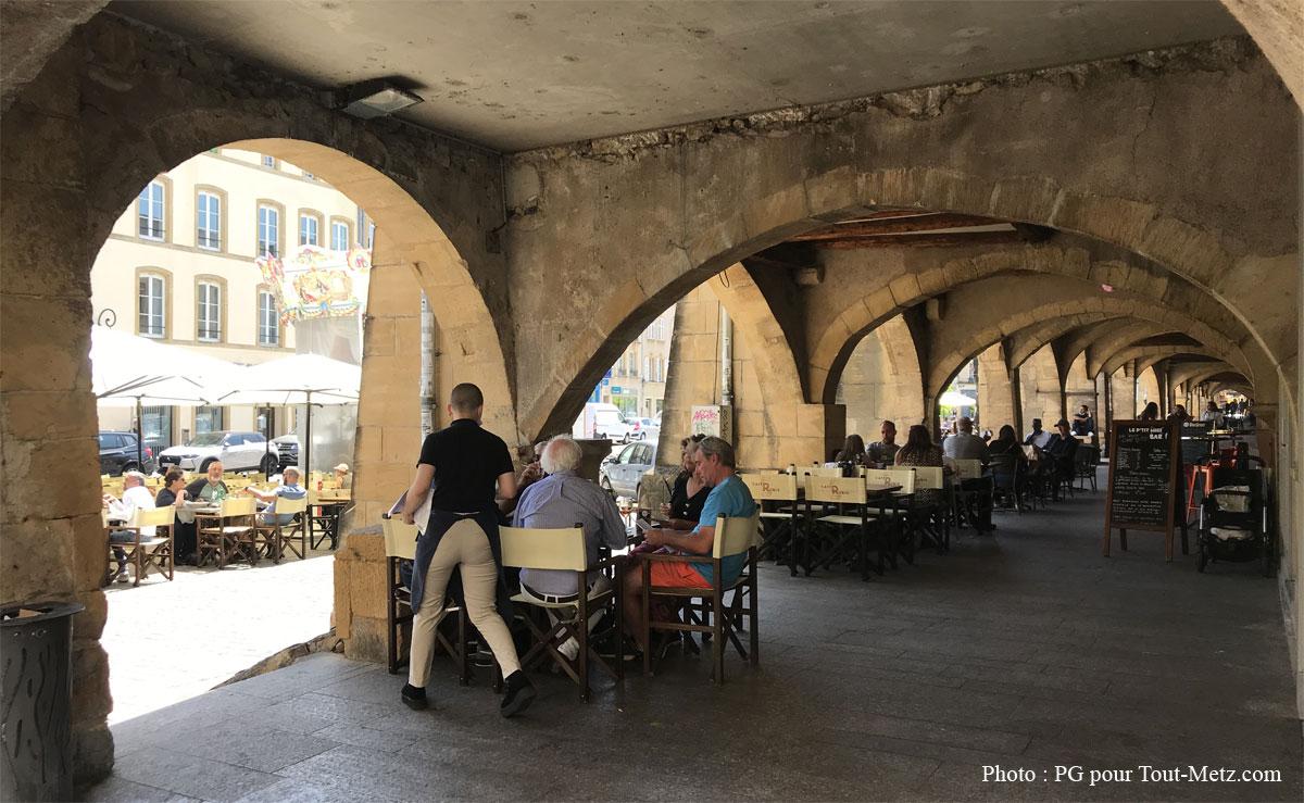Photo of Metz : des rues fermées pour élargir les terrasses des bars et restaurants