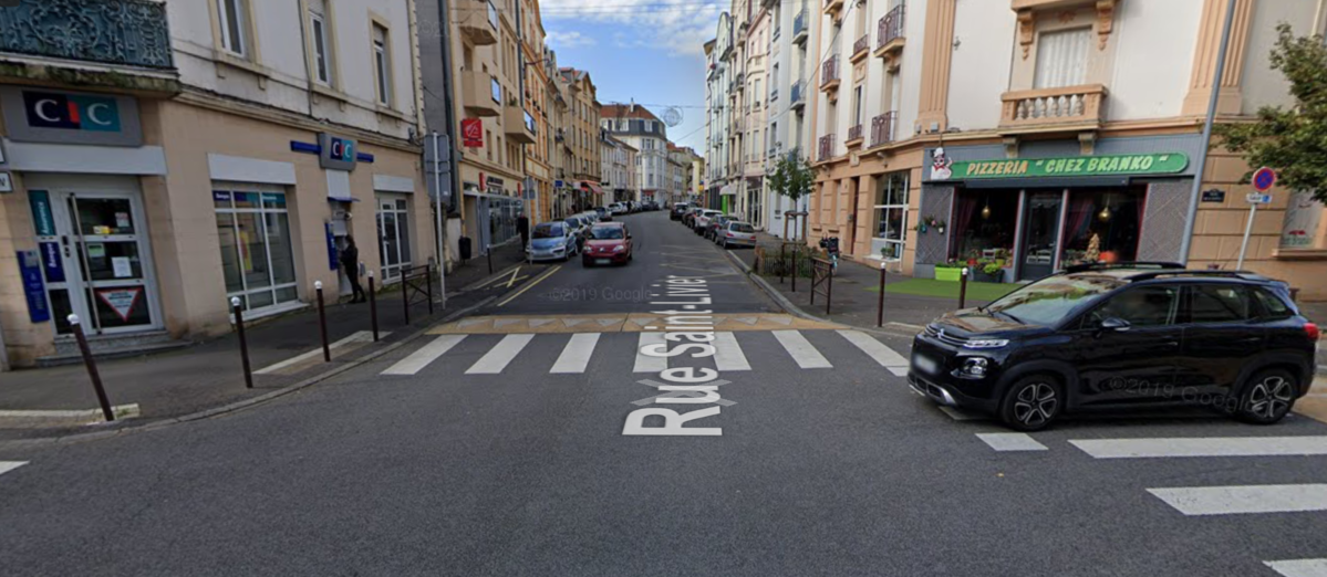 Photo de Rue Saint Livier à Metz : une portion interdite à la circulation