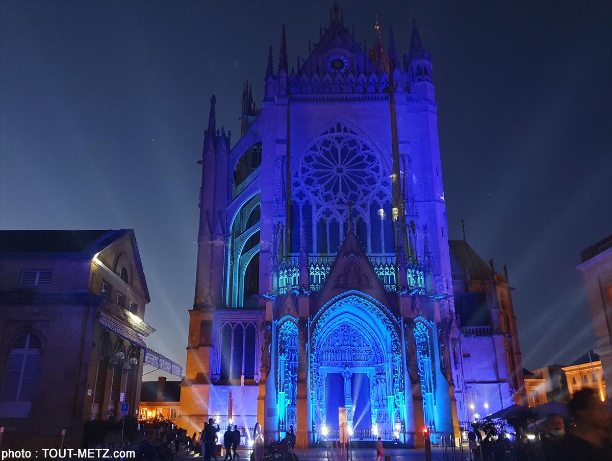 Constellations Metz : les premiers tests du mapping sur la cathédrale (vidéo)